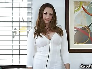 Teen mistress Emma Hix loves..