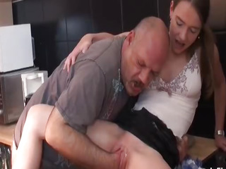 Teen girl fist fucked by an..