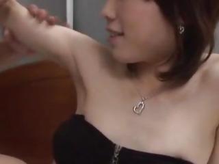Japanese AV Model has hairy..