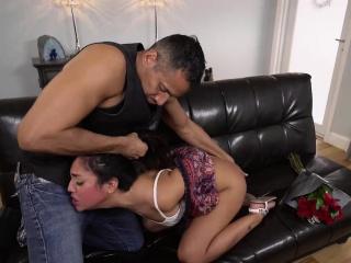 Lexie Banderas swallow..