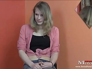Porno-Casting mit der versauten Studentin Nina 18j.. Die Kleine liebt Sex und will ins Pornogeschäft. Naughty student Nina 18y at Porn Casting Sexy Nina 18y is a young student and she cannot