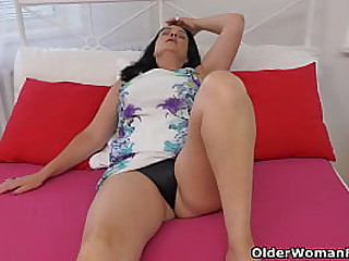 Heavy titted milf Brenda strips off and fucks her well used cunt with a cucumber (brand NEW video available in Full HD 1080P). Bonus video: Euro mature Ria Black.